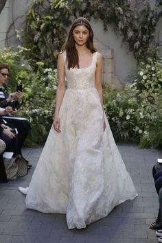 Vestidos de noiva com decote quadrado para 2017: um clássico que nunca passa de…