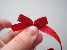 How to make a little bow How To Tie Ribbon, How To Make Bows, Lace Bows, Ribbon Bows, Ribbons, Ribbon Retreat, Bow Accessories, Little Bow, Bow Hair Clips