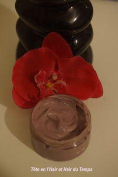 Crème capillaire épaisse spéciale froid (ricin, karité, avoine, ortie) et conseils pour prendre soin des cheveux crépus en hiver.