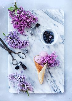 blackberry ice cream // lilacs // marble #foodstyling