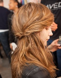 i am abslutley in love with messy hair. and the small fish tail to the side is amazing-never would have thought of this!