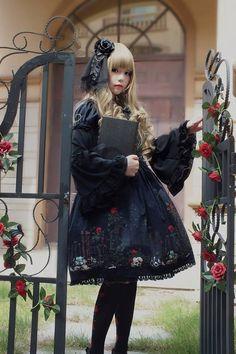 gothic lolita - Buscar con Google