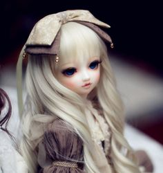 bjd - ball jointed dolls - Such a lovely faceup for this one!