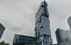 Gedung perkantoran UOB Plaza adalah salah satu opsi yang sangat tepat sebagai lokasi untuk sewa kantor di Thamrin, Jakarta pusat. #kantor #sewakantor #property