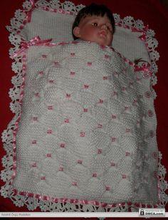 Beyaz örgü uyku tulumu