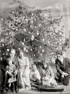 Shorpy Historic Picture Archive :: A Dickey Christmas: 1919 high-resolution photo