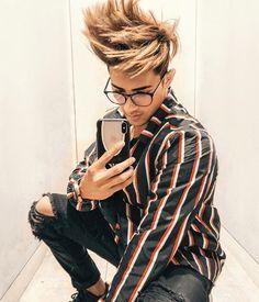hairstyle ka king DZ love you bhai Cute Boy Photo, Photo Poses For Boy, Boy Poses, Portrait Photography Men, Photography Poses For Men, Salman Khan, New Photo Style, Men's Style, Danish Men