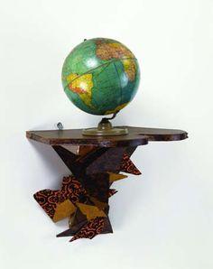 Haim Steinbach/once again the world is flat/2013