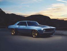 78f8ed5a7bec3 10 autos  restomod  que combinan los clásicos con la ingeniería moderna   son una belleza