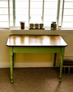 Love this table for a sewing table!