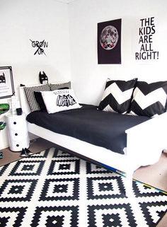 Wonderful Black White Decoration Idea 27