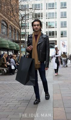 Pair your biker jacket with a plain t-shirt and some skinny jeans, then finish off with some loafers and and a scarf to complete your look. Men Tumblr, Smart Casual Men, Street Style, Men's Style, Menswear, Ideas, Fashion, Male Style, Moda