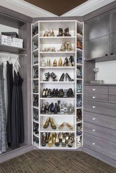 Dreamy Walk-In Closet Ideas