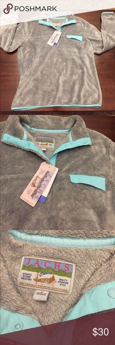 NWT fleece pullover✨ Absolutely perfect condition. No problems at all. Size large. Feel free to ask questions! This is not Patagonia. Patagonia Tops Sweatshirts & Hoodies