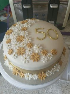 35 ideas for birthday party construction food ideas digger cake Golden Anniversary Cake, 50th Wedding Anniversary Cakes, 50 Anniversary, Birthday Cake For Women Simple, Blackberry Cake, 50th Cake, Novelty Cakes, Gold Flowers, Cake Flowers