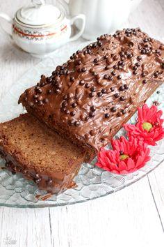 Wilgotne ciasto kakaowe mieszane łyżką | Słodkie okruszki Polish Recipes, Homemade Cakes, Cake Cookies, Banana Bread, French Toast, Food And Drink, Yummy Food, Sweets, Chocolate