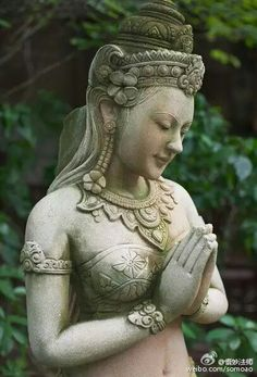 Sculpture Art, Sculptures, Buddha Artwork, Buddha Garden, Arte Country, Sacred Feminine, Hindu Art, Buddhist Art, Sacred Art