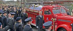 De brandweerman had voor zijn dood nog aangegeven dat, als hij kwam te overlijden tijdens zijn vrijwillige brandweerwerk, hij met korpseer begraven wilde worden.