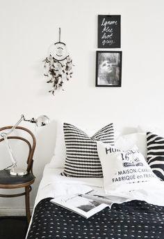 dreamcatcher + black + white + thonet + graphic