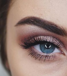Fashion & Beauty Gorgeous Makeup Inspirations For Beautiful Blue Eyes -. - Fashion & Beauty Gorgeous Makeup Inspirations For Beautiful Blue Eyes – Fashion & Beauty - Makeup Goals, Makeup Inspo, Makeup Tips, Beauty Makeup, Makeup Hacks, Makeup Style, Makeup Tutorials, Hair Beauty, Makeup Trends