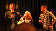 Jared and Jensen on their tells Supernatural NJCon 2014