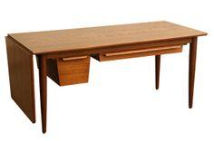 Danish design little table . <3