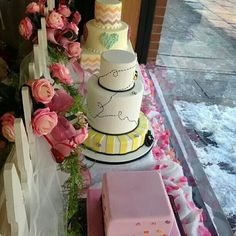 Cake Boss, store window display for Valentine's Day, pinned from TLC's Cake Boss Facebook post 1-25-14.