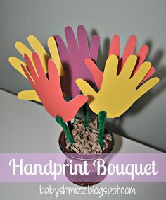 {Tutorial}: Handprint Bouquet Mothers Day Craft via @Shannon Bellanca