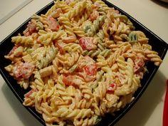 Dakle…jednom davno dok sam radila u jednoj pizzeriji, kao studentica prve godine fakulteta, naučila sam raditi ovu jako finu salaticu…  more →
