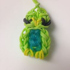 Owl charm made from Rainbow Loom. Amazing and cute kids craft from colored rubber bands.