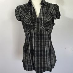 Willie Smith Lightweight Ruched Button Down- Med Adorable black plaid button down with ruching & neck detail- super lightweight fabric- poly/ cotton/ spandex blend. Like new Willi Smith Tops Button Down Shirts