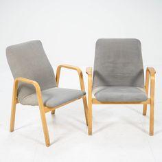 Ilmari Lappalainen, nojatuoleja pari, Columna. ASKO. Outdoor Chairs, Outdoor Furniture, Outdoor Decor, Accent Chairs, Modern Design, Home Decor, Columns, Upholstered Chairs, Decoration Home