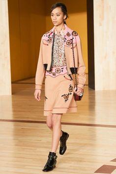 As principais tendências da New York Fashion Week 2016 - NYFW - Semana de Moda de Nova Iorque - cowboy - college - Coach