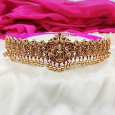 Temple Jewellery Designs By South India Jewels! Indian Temple, South India, Temple Jewellery, Jewellery Designs, Ethnic Jewelry, Jewelry Collection, Jewelery, Marriage, Wedding