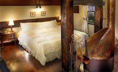 Paz, tranquilidade e aconchego em Itaipava, RJ    Uma pousada de particular beleza que derivou-se de uma grande mansão construída em 1940, envolvido com a belíssima Mata Atlântica da região de Itaipava, um lugar repleto de história e glamour.    www.aconchegosdobrasil.com.br / (11) 94235-8047     #aconchego #luxo #charme #pousada #hotelfazenda #amoviajar #viagem #brasil #feriado #travel #braziltravel #businesstrip #indaiatuba #americana #jundiai #piracicaba #bauru #ribeiraopreto #sorocaba…