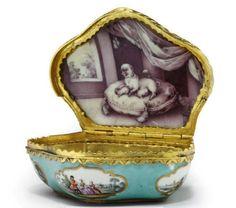 German turquoise ground porcelain snuff box, 18th century-pugs