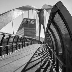 Bridge (Portello, Milano) #milano #milan #bridge #ponte #monochrome #biancoenero #blancoynegro #noiretblanc #biancoenero #photo #photography #architecture