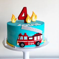 Fire engine cake Louis Fire Truck Cake — Burnt Butter Cakes 502 Source by faththiyah Firefighter Birthday Cakes, Truck Birthday Cakes, Fireman Birthday, Fireman Party, Fire Engine Cake, Fireman Sam Cake, Torta Paw Patrol, Fire Fighter Cake, Ice Cake