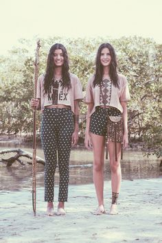 """chegou o lançamento da mini-coleção """"FARM na aldeia"""", em homenagem à estética indígena brasileira, um super xodó nosso!"""