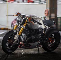 bmw urban gs custom / bmw urban gs custom + bmw r nine t urban gs custom + bmw urban gs custom Bmw Cafe Racer, Cafe Racers, Custom Motorcycles, Custom Bikes, Cars And Motorcycles, Ducati, Nine T Bmw, Custom Bmw, Survival Blanket