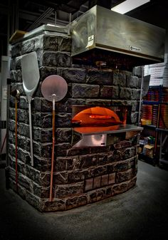 Our wood stone oven is never tired  #MyPizzagarden #PizzaGarden #pizza