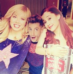 Frankie Grande with Sam (Jennette McCurdy) and Cat (Ariana Grande) cutouts!!! :D