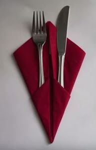 21 Easiest DIY Napkins to Adorn Your Dining Table - GODIYGO.COM Most easiest diy napkins to adorn your dining table 21 Paper Napkin Folding, Christmas Napkin Folding, Christmas Tree Napkins, Christmas Table Decorations, Decoration Table, Folding Napkins, How To Fold Napkins, Cloth Napkins, Paper Napkins