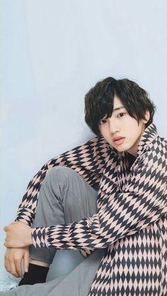 Lockscreen - Shunsuke Michieda / 道枝 駿佑 (Naniwa Danshi / なにわ男子 / 関西ジャニーズJr) Cute Japanese Boys, My Crush, Beautiful Boys, Cute Wallpapers, Cute Boys, Boyfriend, Handsome, Actors, Guys