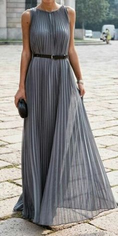 38c0e962e791 Grey Pleated Maxi Dress I would wear this with a blazer-cardigan