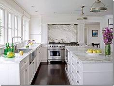 Design by Susan Marinello, photograph by John Granen, image via Traditional Home via JAX Does Design