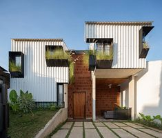 ismail solehudin architecture completes 'kampoong in house' in indonesia