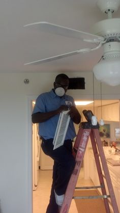 Service Experts technician Pierre performing an expert Duct Cleaning for another happy customer in Naples, FL. expert-service-guaranteed