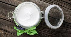 Comment réaliser une crème de nuit à la fois hydratante et anti-rides faite avec des ingrédients naturels faciles à trouver