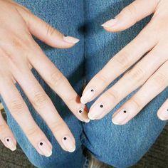 nail designs: blue dot nails